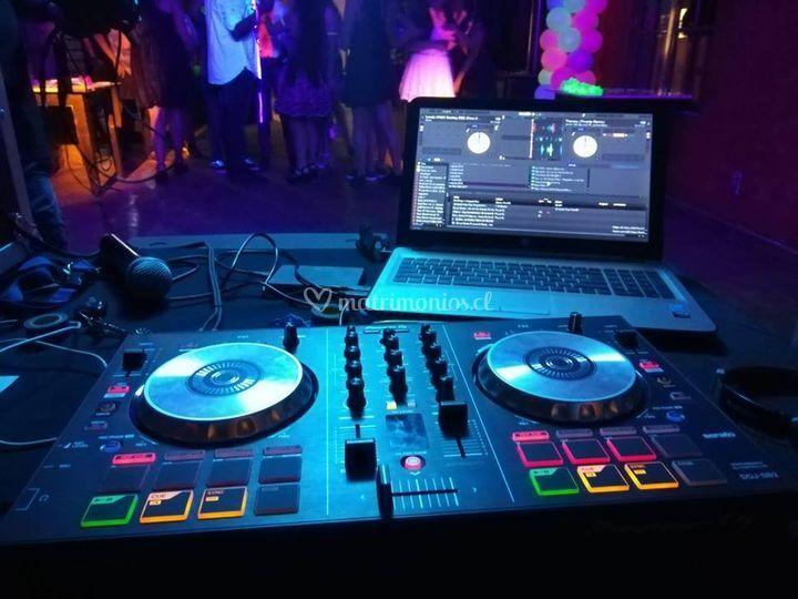 DJ y animación