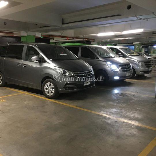 Flota minivan invitados
