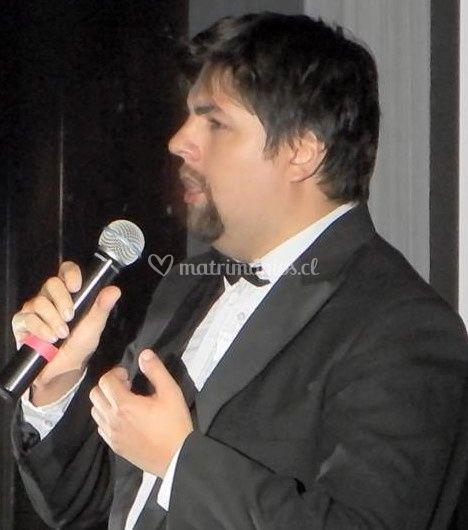 Gabriel Avendaño tenor