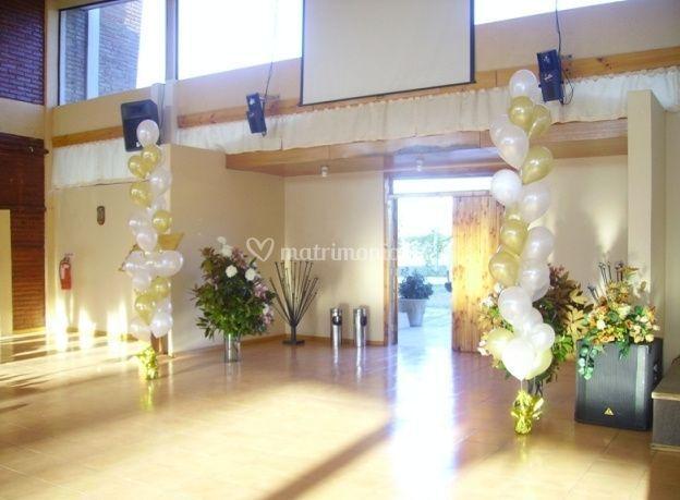 Entrada decorada con globos