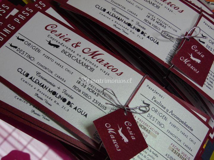 Ticket de avión o concierto