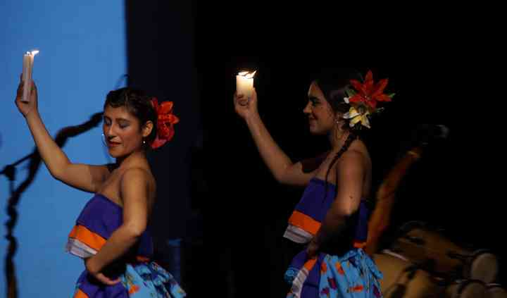 Danza con velas - cumbia