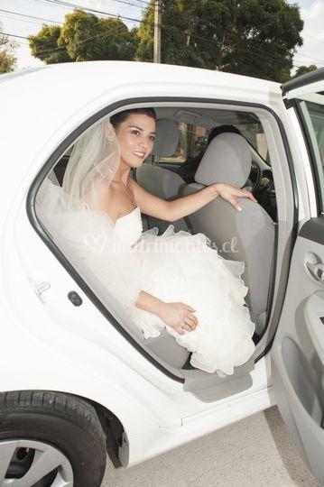 Sale la novia