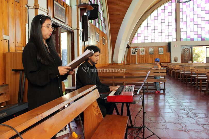 Romina Méndez Canto Lírico