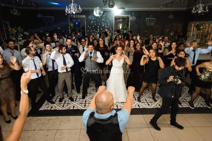 Baile entretenido novios
