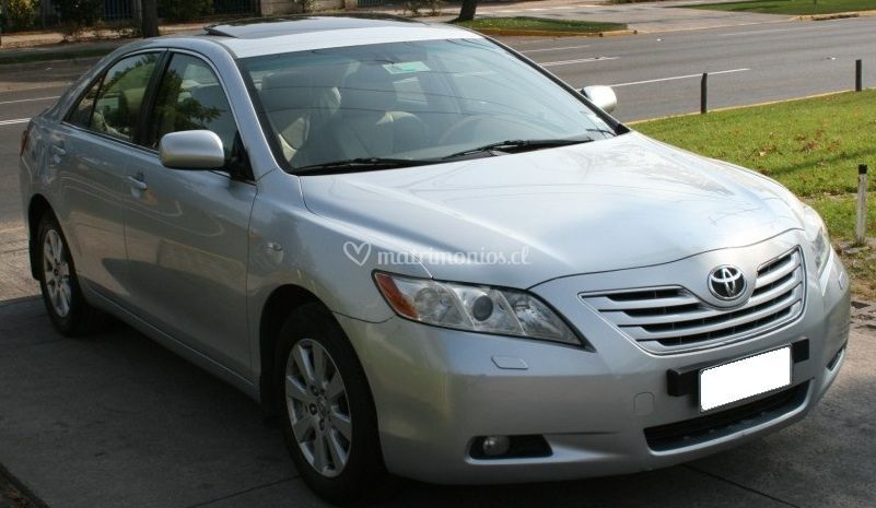 Toyota Camry XLE 3.5