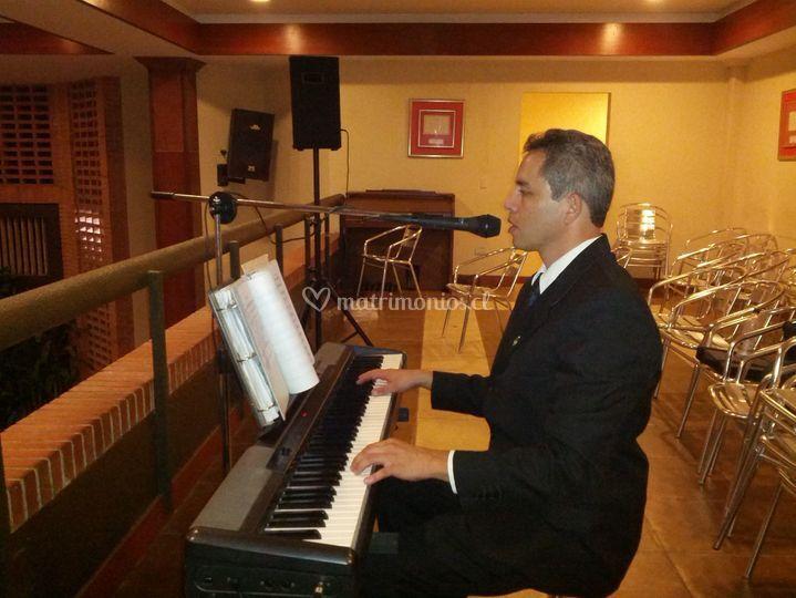 Pianista Tenor Clark Rangel