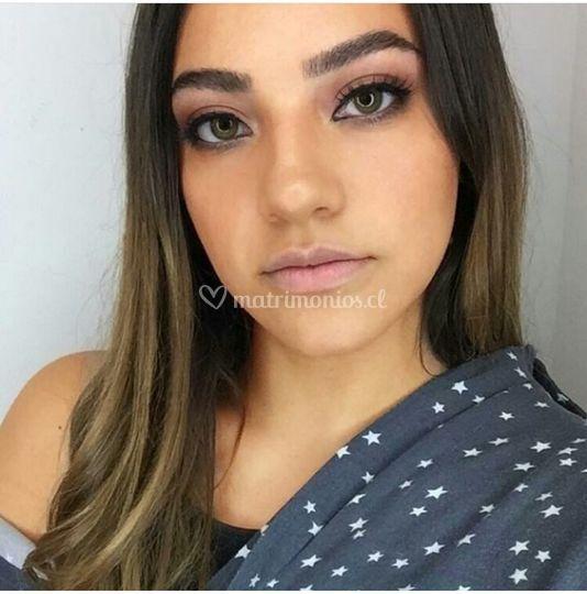 Fanny Cachaña Makeup