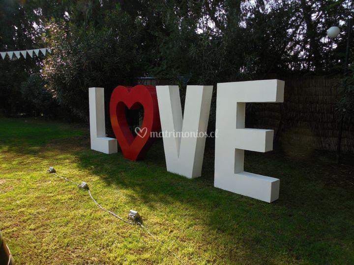 Love 1. 40