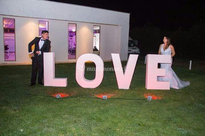 Love 1 metro