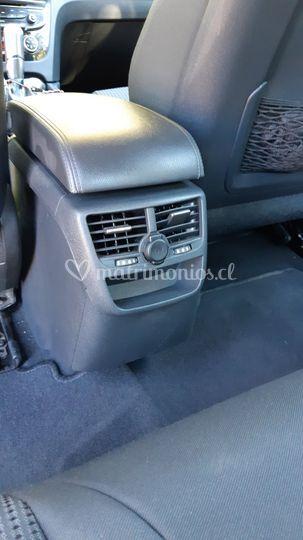 Aire para asientos traseros