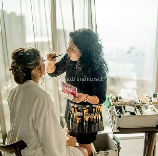 Makeup, hair & nails