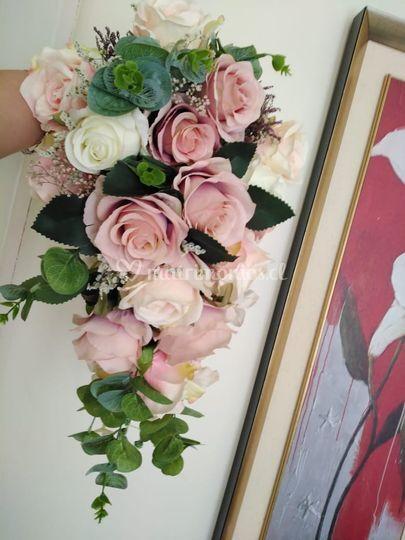 Ramo cascada flores de seda