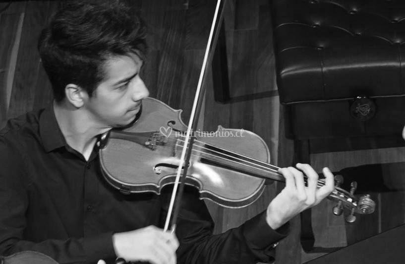 Violinista Jesús Rojas