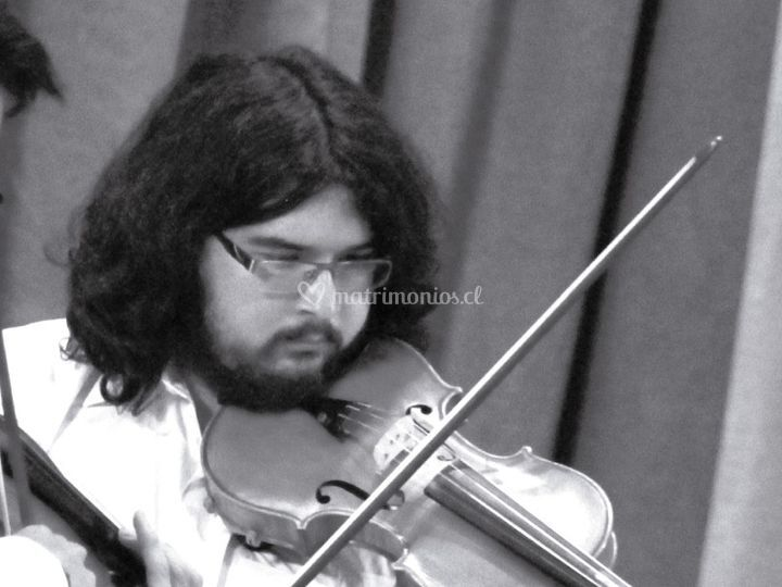 Violinista Pablo Uribe