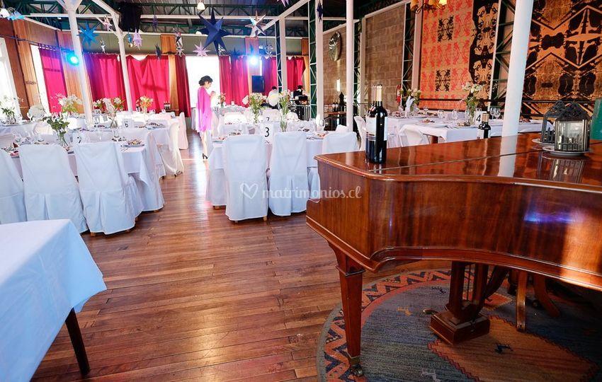 Piano en salón