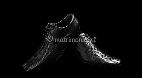 Zapatos cuero con charol