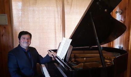 Misael Corvalan Pianista