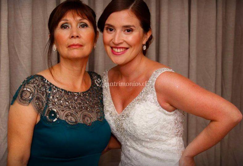 Novia y madre