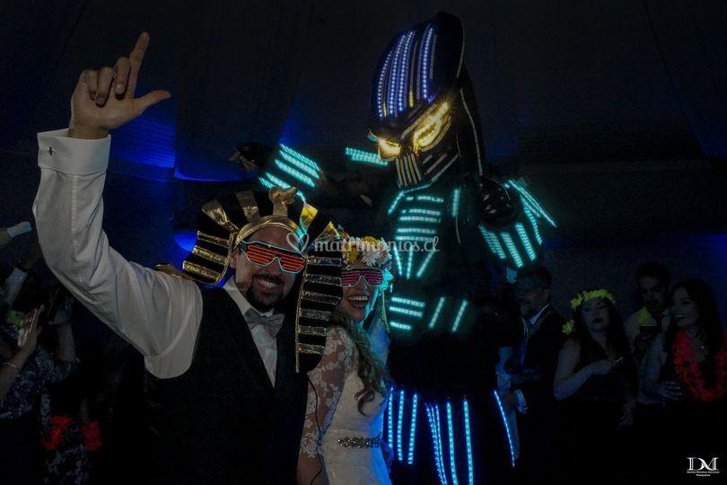 Novios y robots LED