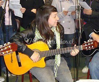Guitarra y contralto