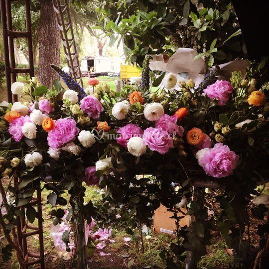 Preparación columpio floral