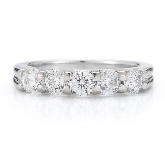 Diamantes-oro blanco