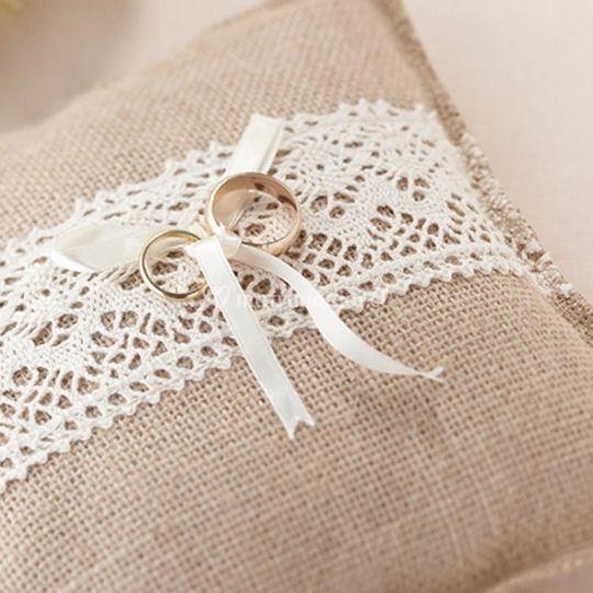 Cojín rústico para anillos