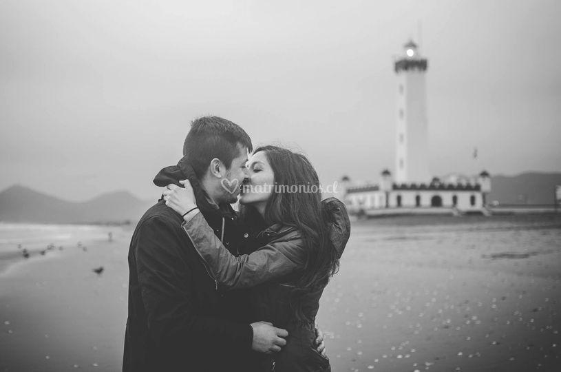 Beso en el mar