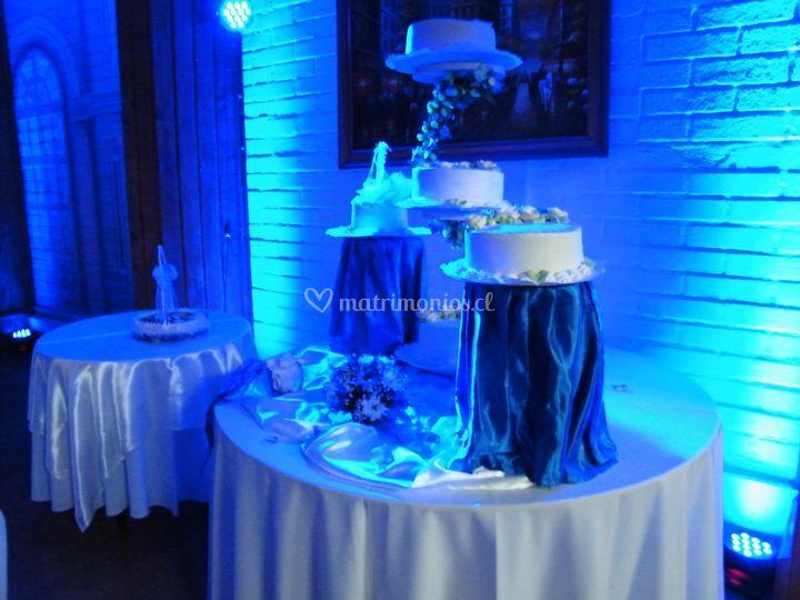 Iluminación torta de novios