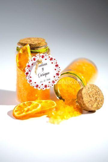 Sal de baño naranja