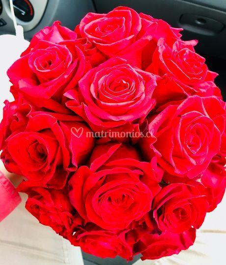 Ramo rosas rojas ecuatoriana