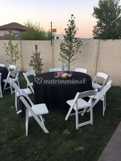 Sillas modelo plegables y mesa