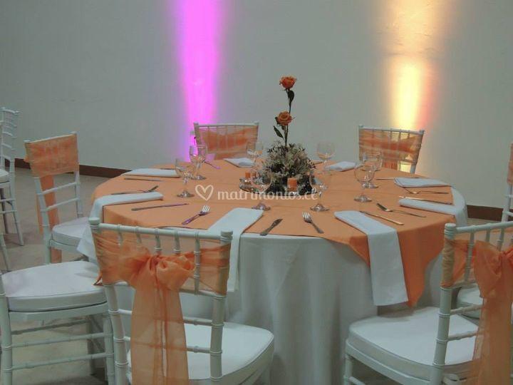 Mesa y con iluminación