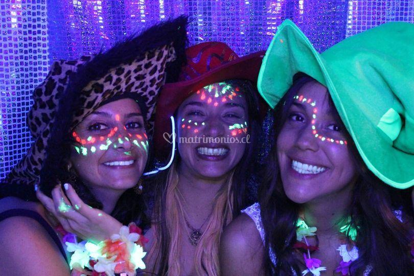 Fiesta flúor y glitter mania