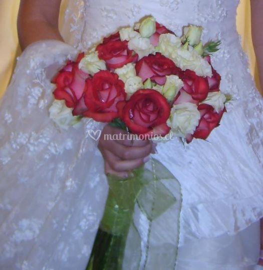 Rosas y lisiauntus