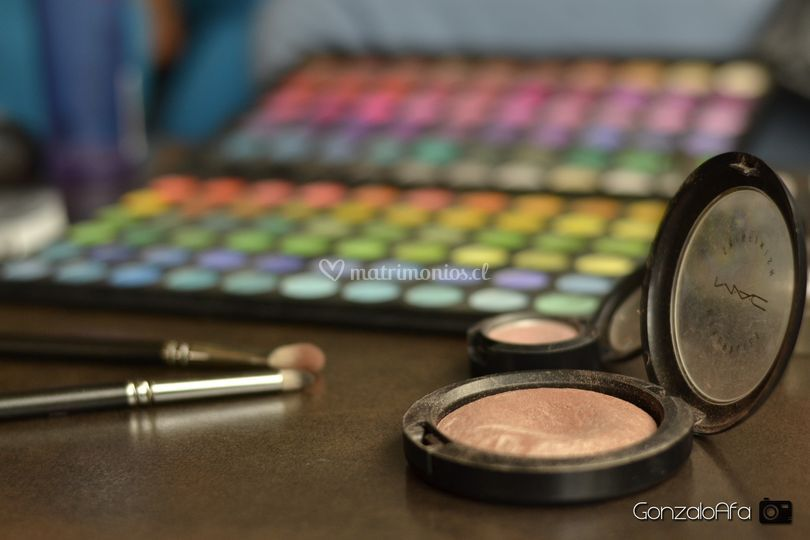 Mac cosmetic
