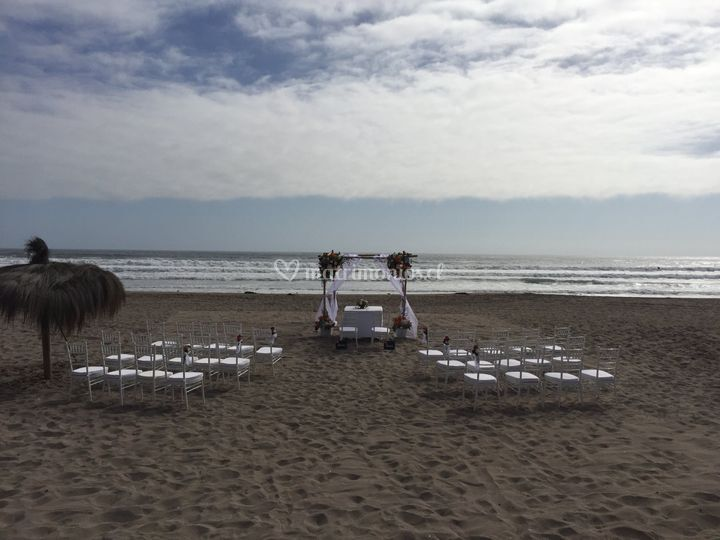 Ceremononia en la playa