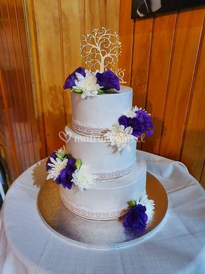 Torta flores lila