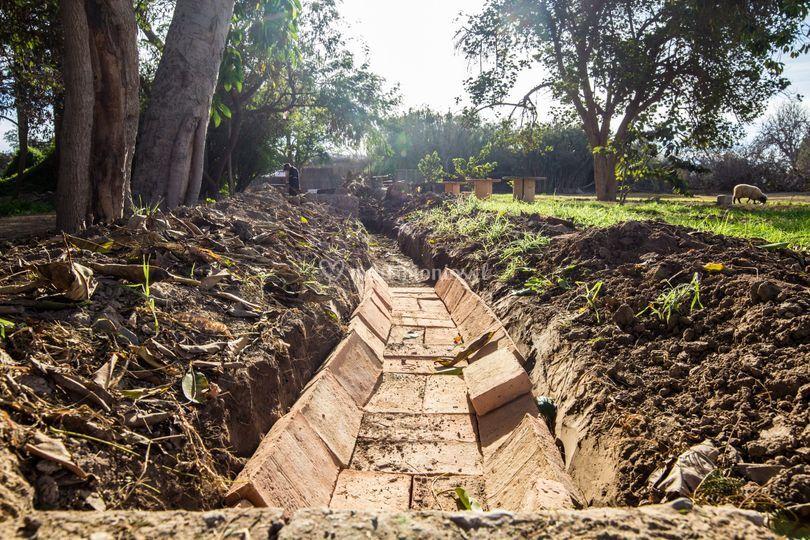 Reconstrucción canal de riego