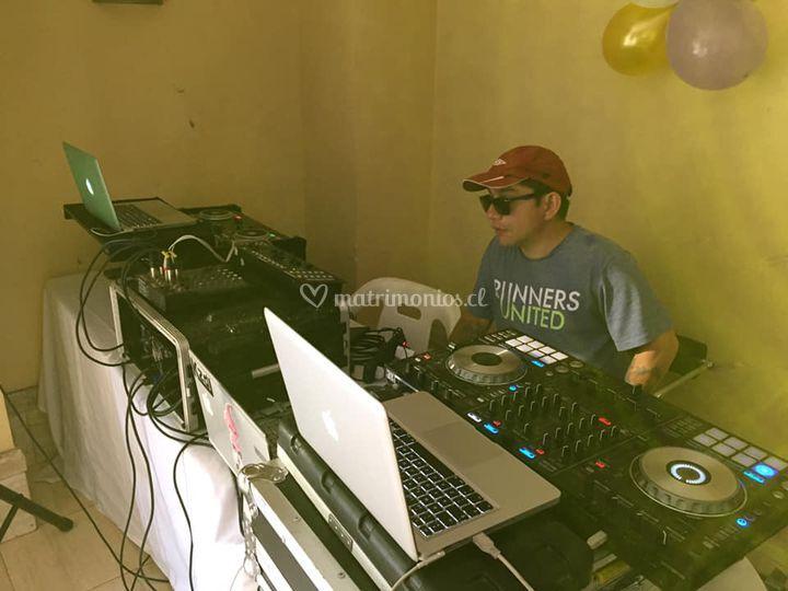 Equipo y DJ