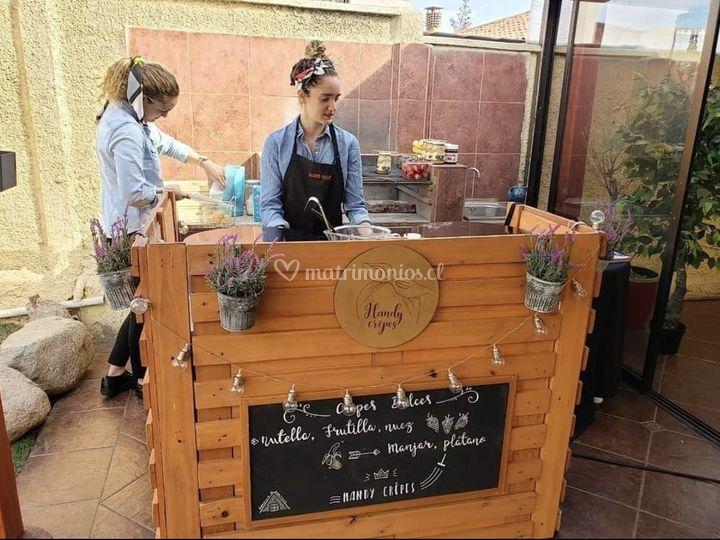Handy crêpes stand