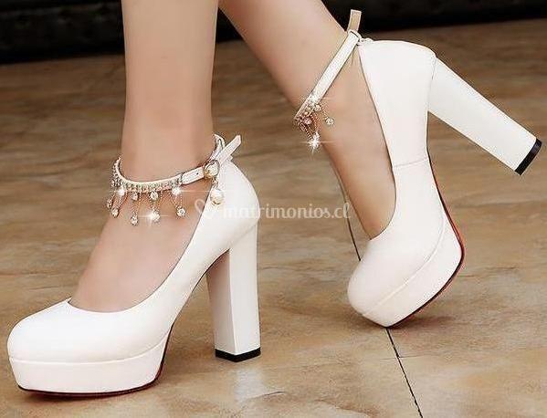 Zapato pulsera con brillo