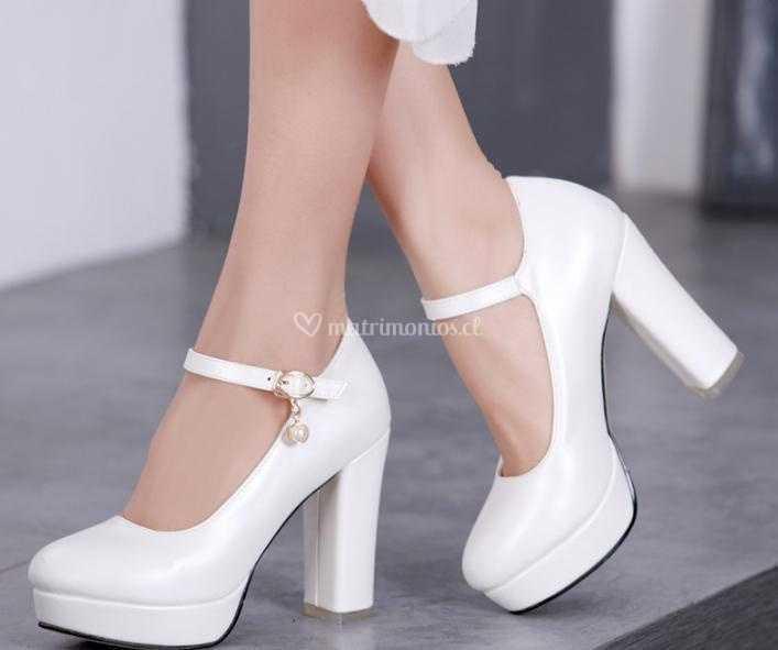 4704b0fb Zapato N°4 Blanco nacarado de Bellísima Novia | Foto 6