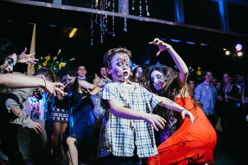 Zombies en el cotillón
