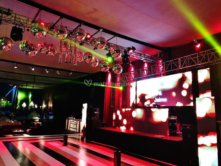 Vicuña. Club party stage