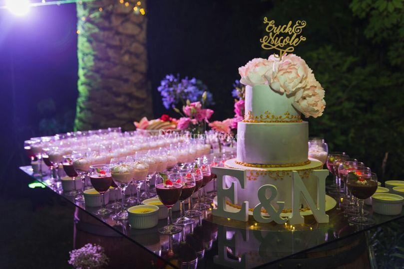 Torta vintage con flores