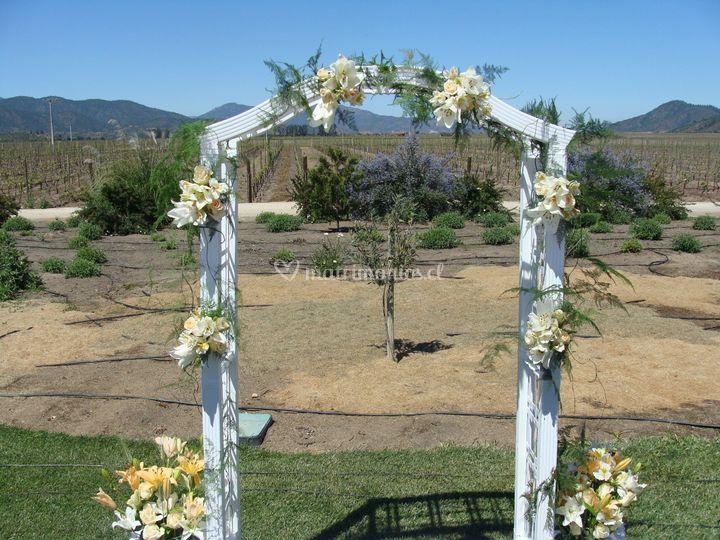 Arco floral para ceremonias