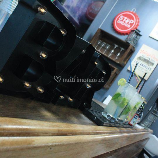 Vintage Bar & Coffee