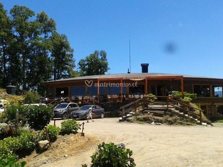 De Pellín y Coigüe Parrilla Restaurant